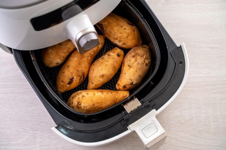 cuire-pommes-de-terre-avec-airfryer